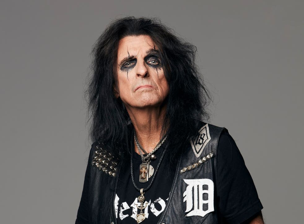 Alice Cooper: 'You could cut off your arm and eat it on stage now. The  audience is shock proof' | The Independent