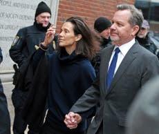 Exsocio del cantante Bono, de U2, se declara culpable tras escándalo de admisión a la universidad
