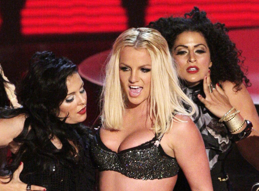 <p>Sarah Silverman roasted Britney Spears just after her VMAs performance</p>