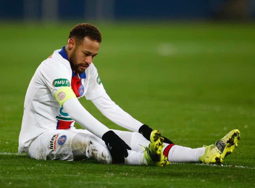 <p>Neymar will not feature against his former club</p>