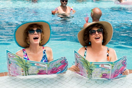 Review: Kristen Wiig and Annie Mumolo go on a beach romp