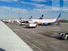 """Aprobación de la expansión del aeropuerto de Leeds Bradford """"un paso atrás para el clima"""""""