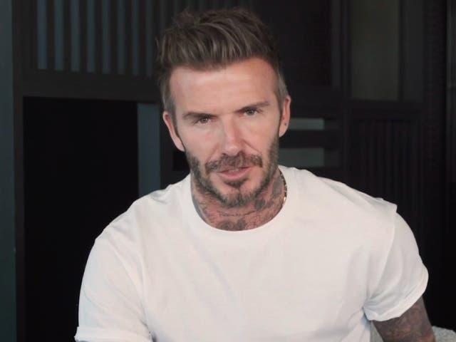David Beckham respalda la campaña para el acceso a computadoras durante el bloqueo