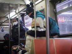 Sospechoso de apuñalamientos en el metro de Nueva York es acusado de asesinato