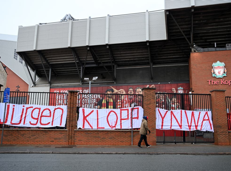 Fans unfurled a banner in support of coach Jurgen Klopp at Anfield