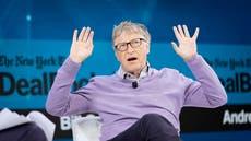 Bill Gates admite que voló en jet privado a cumbre climática en París en un nuevo libro