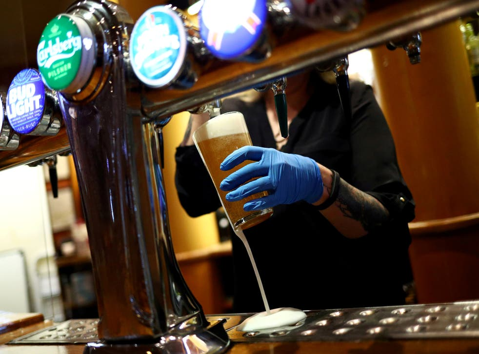 <p>European interest in low-paid jobs in the UK has fallen dramatically since 2019. </p>