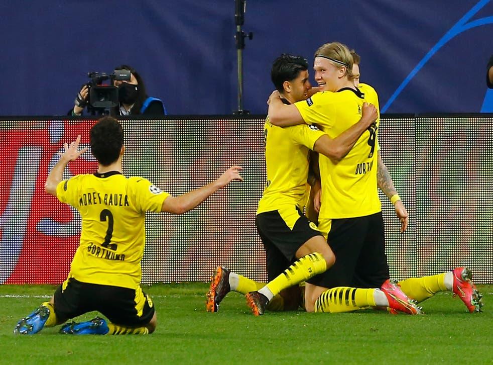 Erling Haaland celebrates with his Dortmund teammates