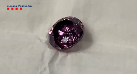French, Spanish police bust thieves of rare 'purple' diamond