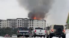 Huge fire breaks out in Texas apartment building as fighters unable to get water from frozen hydrants