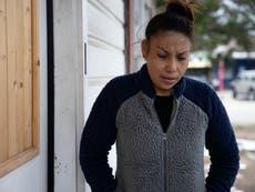 Familia de niño de 11 años que murió durante heladas en Texas presenta una demanda por $100 millones