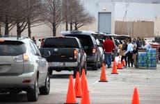 Biden visitará Texas mientras miles luchan por volver a la normalidad tras los apagones