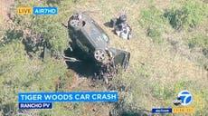 """Tiger Woods se somete a una cirugía después de sufrir """"múltiples lesiones en las piernas"""" por accidente automovilístico OLD"""