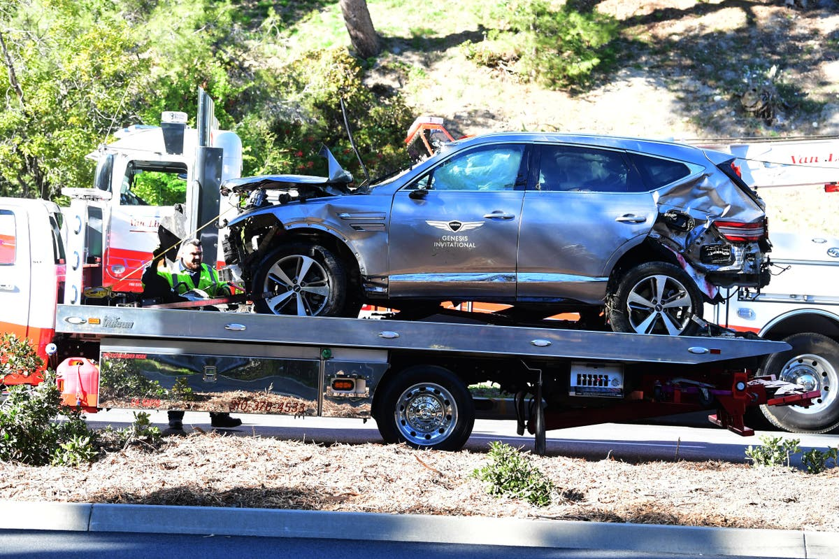 Tiger Woods car crash: Golfer hospitalised after serious accident in California   The Independent