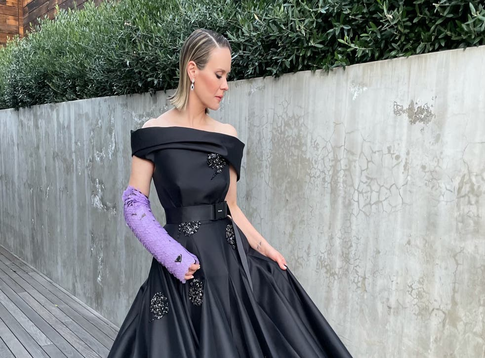 <p>Sarah Paulson's outfit for the 78th Annual Golden Globe Awards</p>