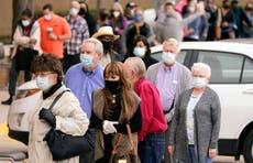 Texas y otros estados flexibilizan medidas sanitarias contra el COVID-19 pese a las advertencias