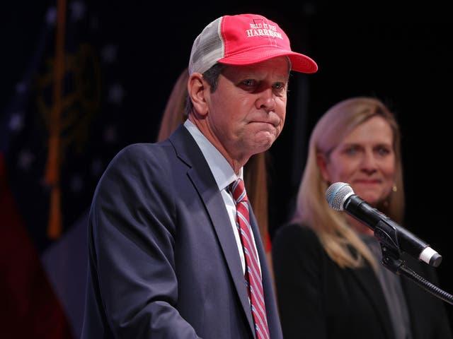 """<p> El gobernador deGeorgia, Brian Kemp, ha dicho que apoyaría """"absolutamente"""" a Donald Trump si se convertía en el candidato republicano de 2024  </p>"""