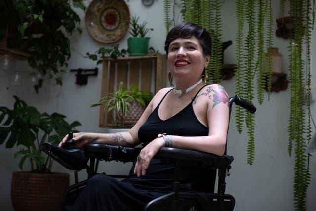 <p>Ana Estrada fue diagnosticada con polimiositis, una enfermedad inflamatoria y degenerativa que afecta los músculos  </p>