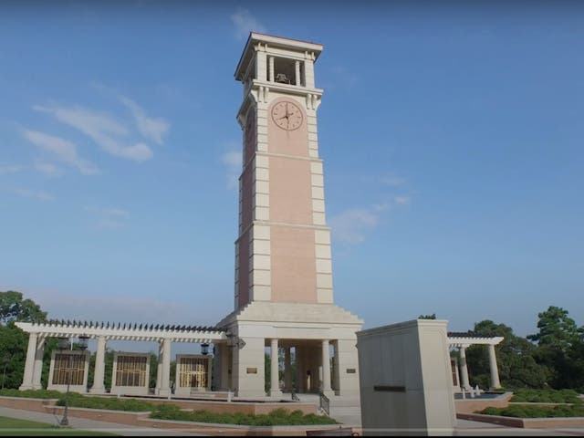 <p>Moulton Bell Tower at the University of South Alabama</p>