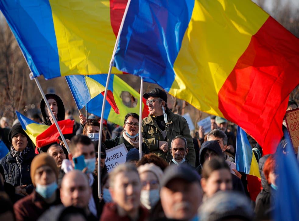Cuộc biểu tình bùng phát vi rút ở Romania