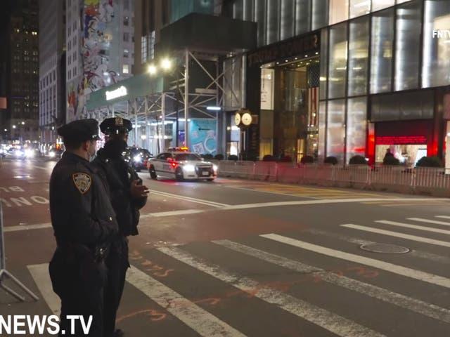 <p>Donald Trump regresó a Nueva York por primera vez desde el final de su presidencia el domingo por la noche, según los informes  </p>