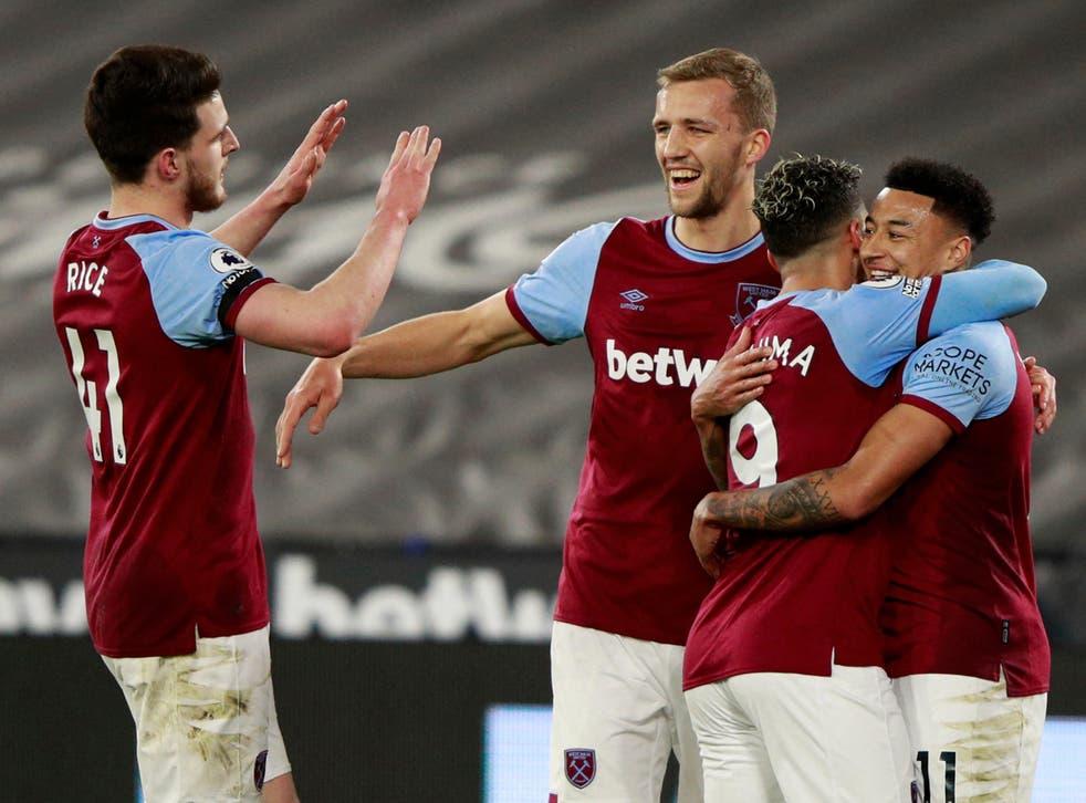 <p>West Ham celebrate defeating Leeds</p>