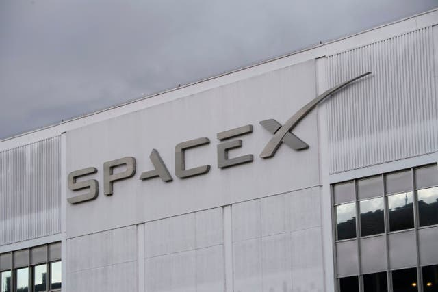 <p>File image: SpaceX was offered the papuan island for space launches last year in December</p>