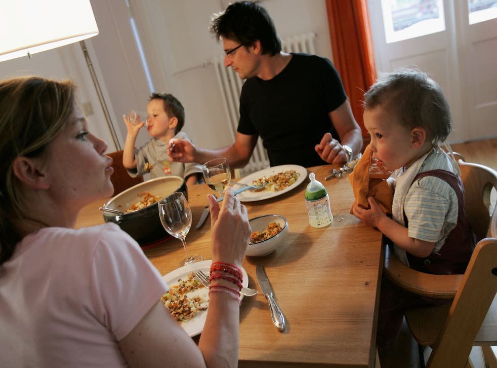 <p>The pandemic has made many miss family meals </p>