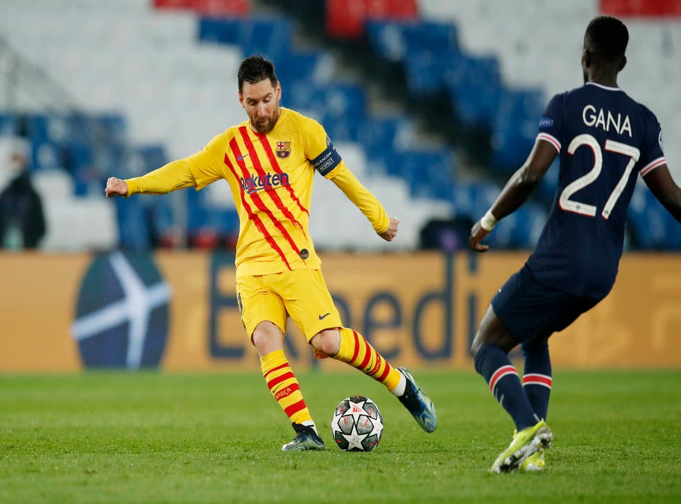 Lionel Messi smashes home Barcelona's first-half goal