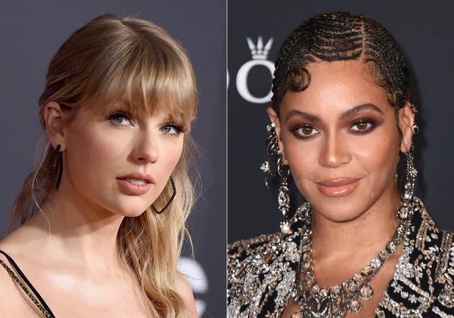 """<p>Taylor Swift aparece en los American Music Awards en Los Ángeles el 24 de noviembre de 2019, izquierda, y Beyonce aparece en el estreno mundial de """"El Rey León"""" en Los Ángeles el 9 de julio de 2019. Swift podría convertirse en la primera mujer en ganar premio mayor del programa, álbum del año, tres veces. Su primer álbum sorpresa de 2020, la popular aventura alternativa """"folklore"""", está compitiendo por el máximo honor. Si bien Beyonce nunca ganó el álbum del año, es el acto más nominado. Con 24 victorias anteriores y nueve nominaciones este año, podría superar las 27 victorias de Alison Krauss y convertirse en la mujer más condecorada en la historia de los Grammy.</p>"""