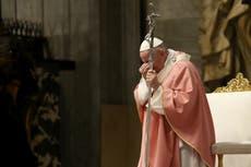 Todos queríamos creer que el Papa Francisco era diferente. Finalmente ha demostrado que no lo es