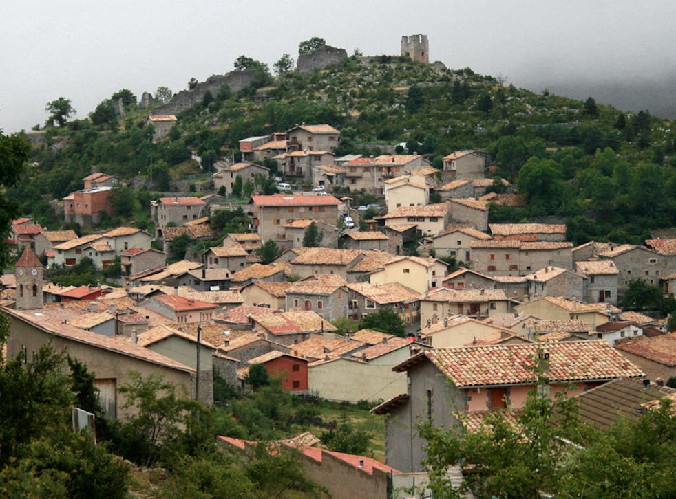 <p>Gósol, in the Pyrenees, clings to life</p>