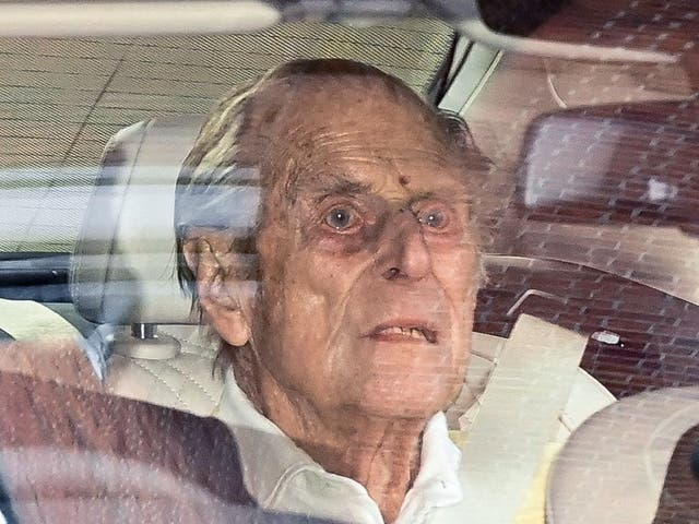 <p>Prince Philip leaves King Edward VII's Hospital in central London</p>