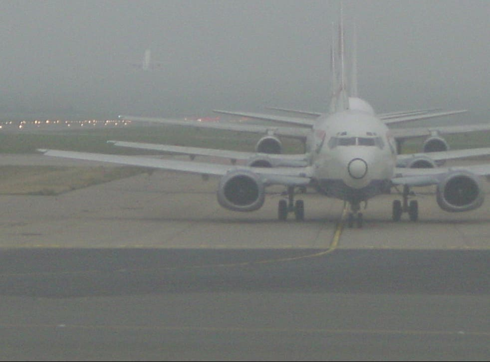 <p>Clarity needed: aircraft lining up to take off from Gatwick Airport</p>
