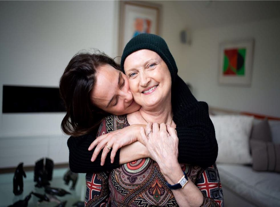 Jess Mills with her late mother Tessa Jowell