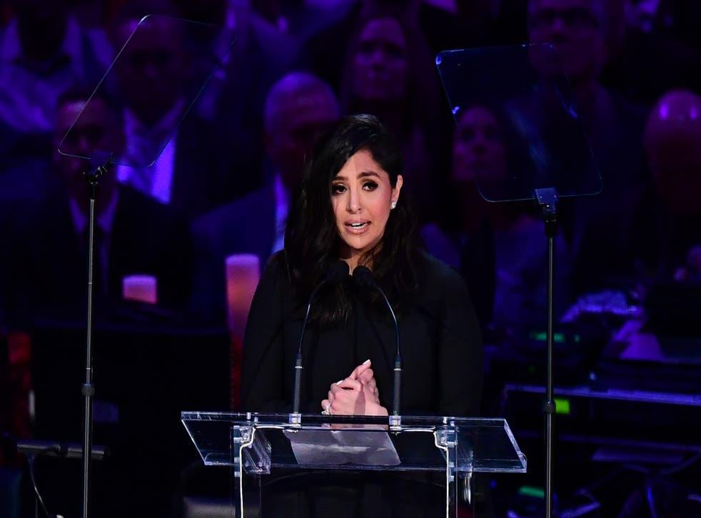 """<p>Vanessa Bryant habla durante el servicio de """"Celebración de la vida para Kobe y Gianna Bryant"""" en Los Ángeles el 24 de febrero de 2020.</p>"""