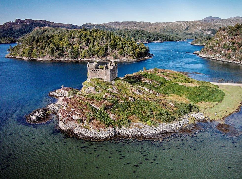 <p>Deer Island has starting bids at £80,000</p>