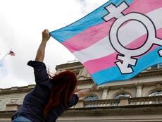 """Los médicos en Arkansas podrán negar el tratamiento a los pacientes LGBT+ """"basado en objeciones religiosas"""""""
