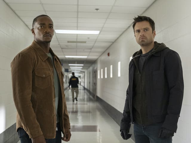 Anthony Mackie y Sebastian Stan en Falcon and the Winter Soldier
