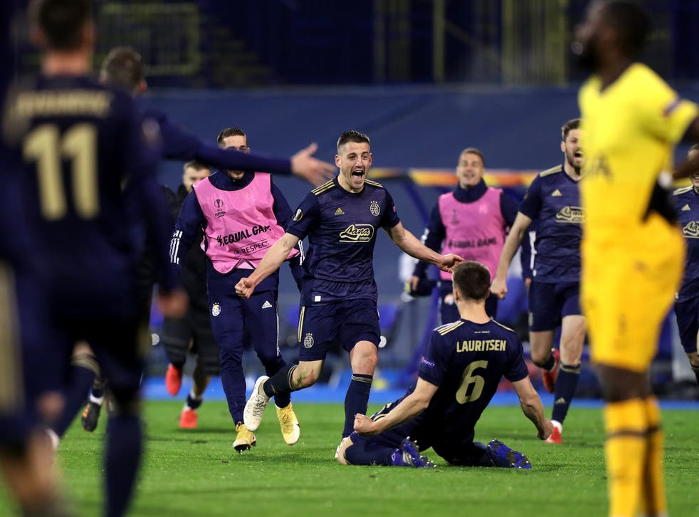 Dinamo Zagreb celebrate after the full-time whistle