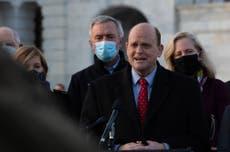Congresista republicano Tom Reed se disculpa por el acoso y dice que no desafiará a Cuomo para gobernador de Nueva York