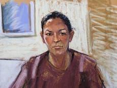 Ghislaine Maxwell, exnovia de Jeffrey Epstein, se declara inocente por tráfico sexual