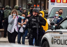 El tirador de Colorado compró una arma AR-15 seis días antes del tiroteo en Boulder; el ataque revive las llamadas al control de armas