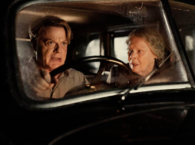 <p>School governess, Miss Rocholl (Judi Dench) hires journeyman teacher Thomas Miller (Eddie Izzard) to replace his mysteriously missing predecessor</p>