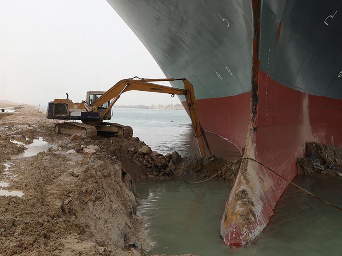 Suez Canal news live: Ever Given rescue effort restarts