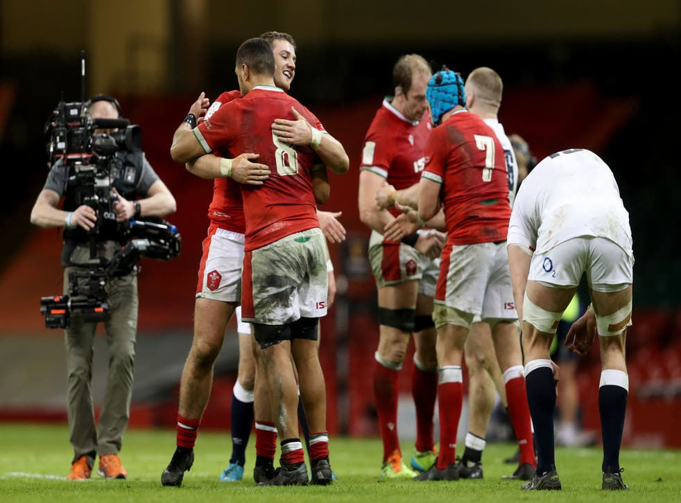 Wales celebrate beating England in Cardiff