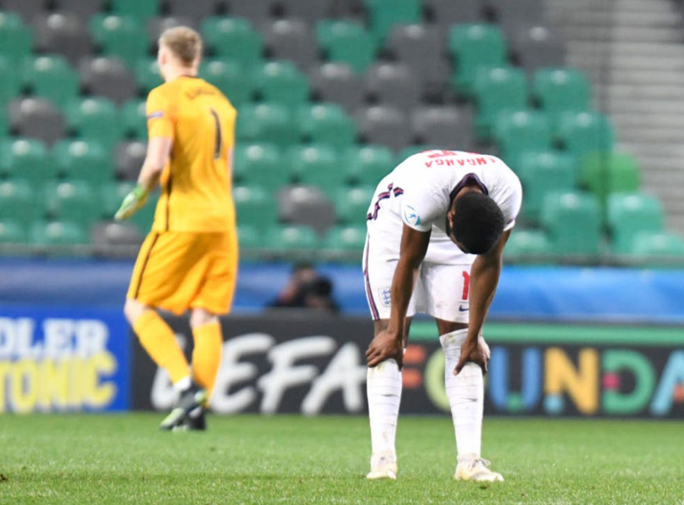 <p>England react to their defeat</p>
