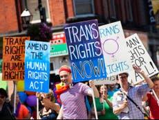 ¿Cómo puedes hacer que las personas trans se sientan más apoyadas?