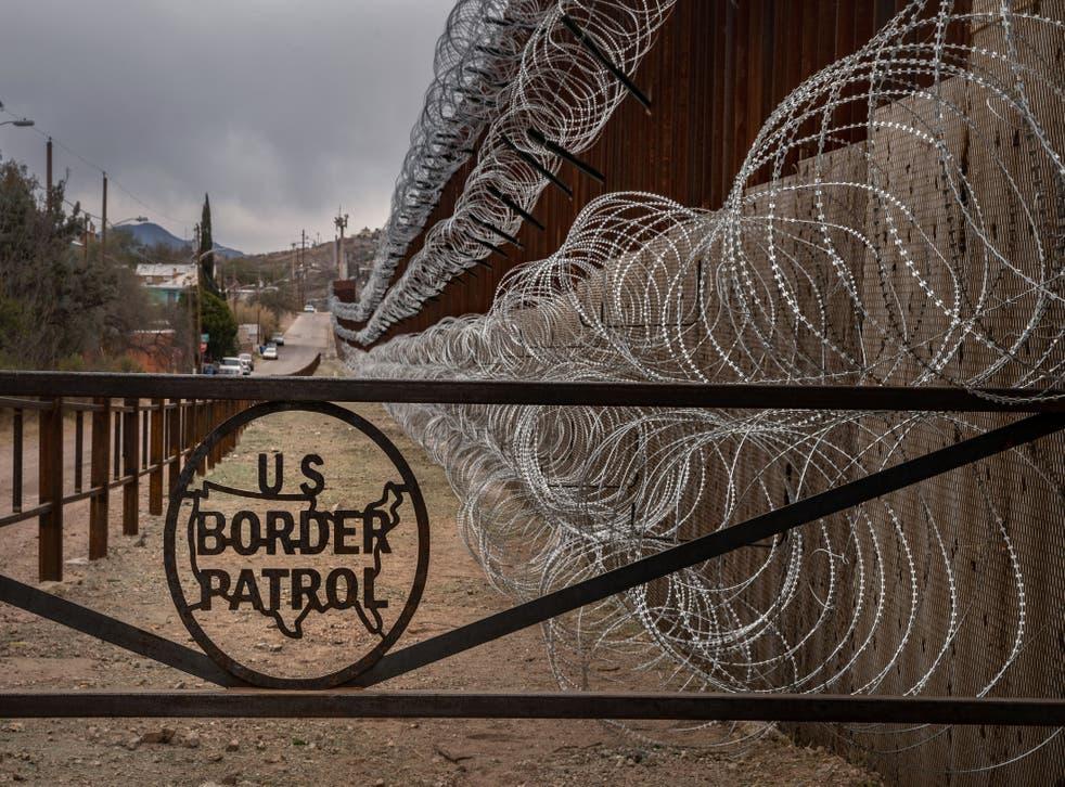 """<p>Durante marzo de este año,<a href=""""https://www.jornada.com.mx/notas/2021/04/09/mundo/en-marzo-eu-detuvo-en-su-frontera-a-172-mil-migrantes/""""></a>172.000 personasfueron detenidas por CBP, un incremento del 71% en relación al mes anterior.</p>"""