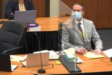 """Derek Chauvin dijo a sus jefes que George Floyd se estaba """"volviendo loco"""" durante el arresto"""